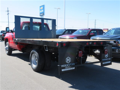 2017 Silverado 3500 Regular Cab 4x4 Platform Body #17K266X - photo 2