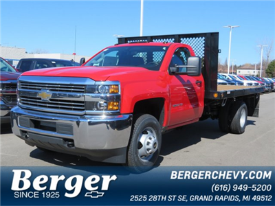 2017 Silverado 3500 Regular Cab 4x4 Platform Body #17K266X - photo 1