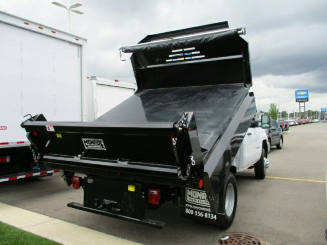 2017 Silverado 3500 Regular Cab 4x4 Dump Body #17K654C - photo 3