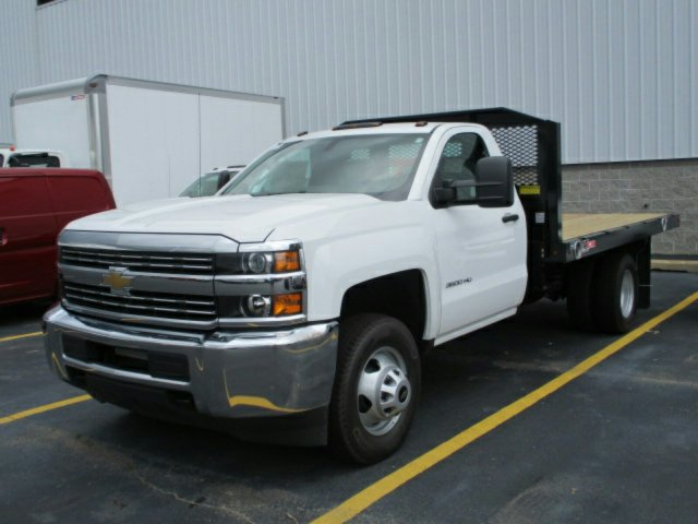 2017 Silverado 3500 Regular Cab Platform Body #17K676C - photo 3