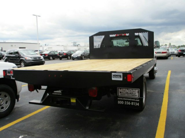 2017 Silverado 3500 Regular Cab Platform Body #17K676C - photo 2