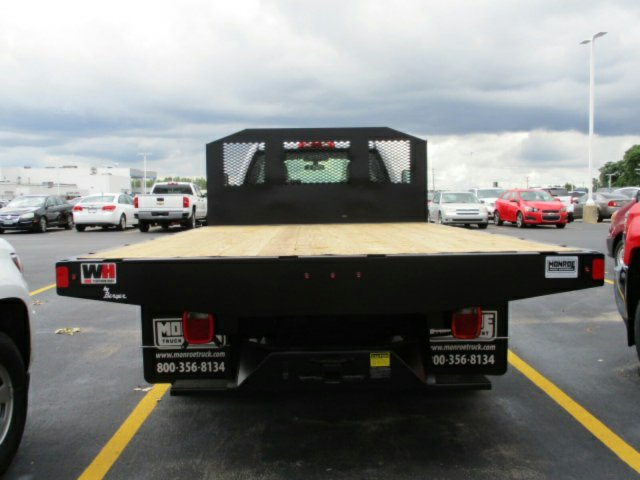 2017 Silverado 3500 Regular Cab, Platform Body #17K676C - photo 5