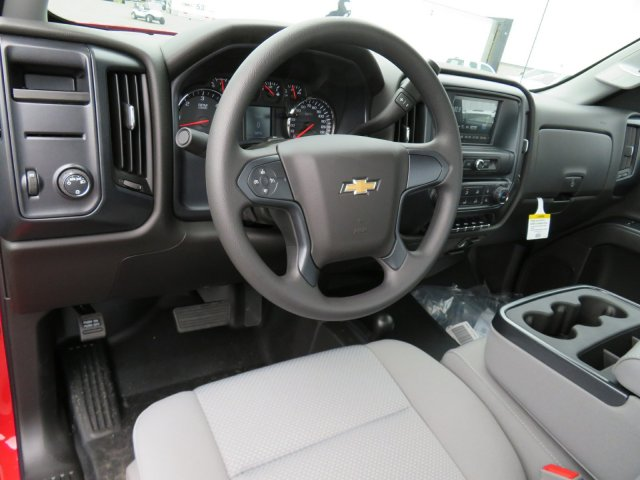 2018 Silverado 3500 Regular Cab DRW 4x4,  Cab Chassis #18K458W - photo 8