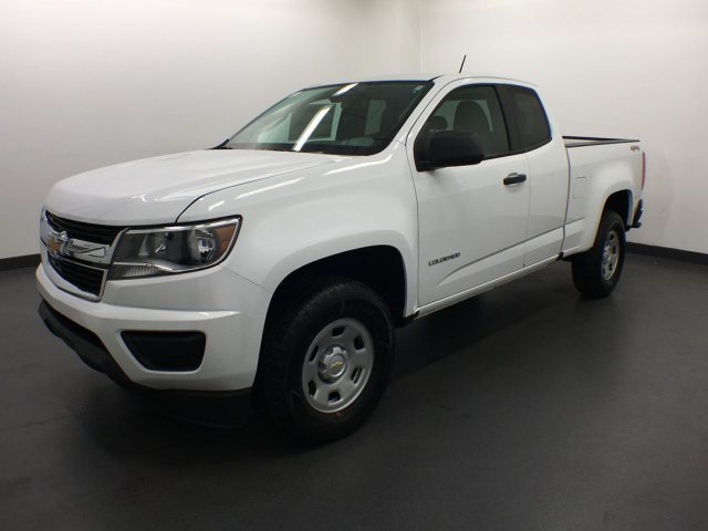 2019 Colorado Extended Cab 4x4,  Pickup #19CL4 - photo 3