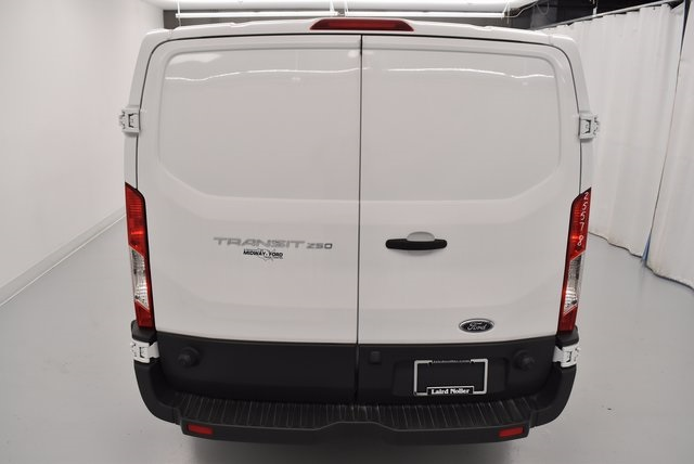 2017 Transit 250 Cargo Van #UB2391 - photo 7