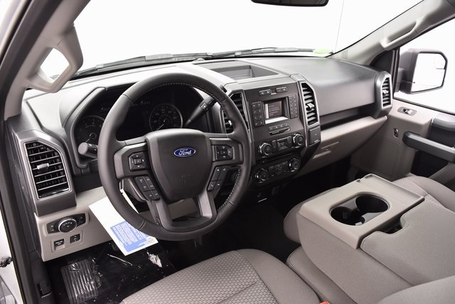 2018 F-150 Crew Cab 4x4, Pickup #VK2430 - photo 16