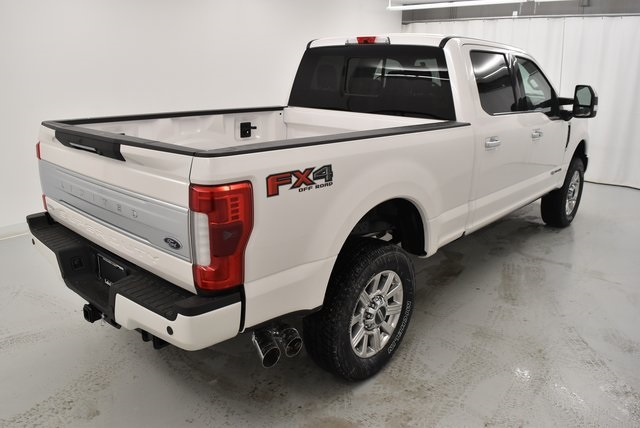2018 F-250 Crew Cab 4x4, Pickup #XK2614 - photo 2