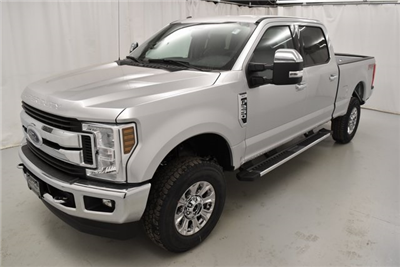 2018 F-250 Crew Cab 4x4, Pickup #XK2780 - photo 4