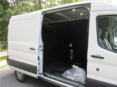 2017 Transit 250 Cargo Van #2171943 - photo 17