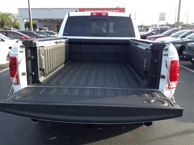 2017 Ram 1500 Crew Cab 4x4, Pickup #HS552466 - photo 27