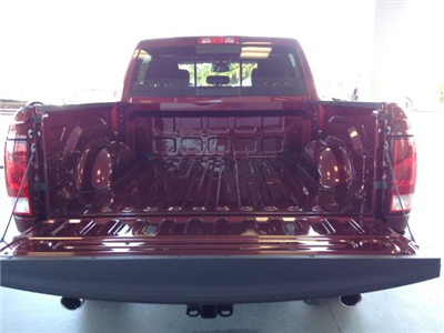 2018 Ram 1500 Crew Cab 4x4 Pickup #JG123366 - photo 28