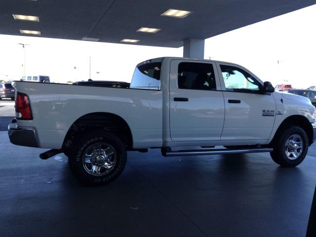 2018 Ram 2500 Crew Cab 4x4 Pickup #JG162425 - photo 3