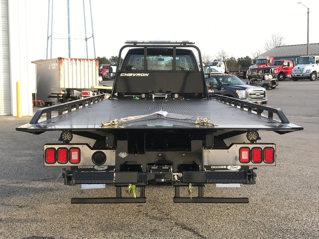 2017 F-650 Super Cab,  Miller Industries Rollback Body #HDB12059 - photo 3