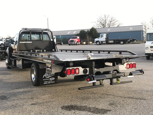 2017 F-650 Super Cab,  Miller Industries Rollback Body #HDB12059 - photo 4