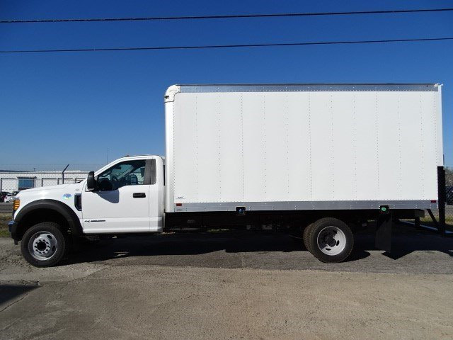 2017 F-550 Regular Cab DRW, Smyrna Truck Cutaway Van #HEB95479 - photo 3