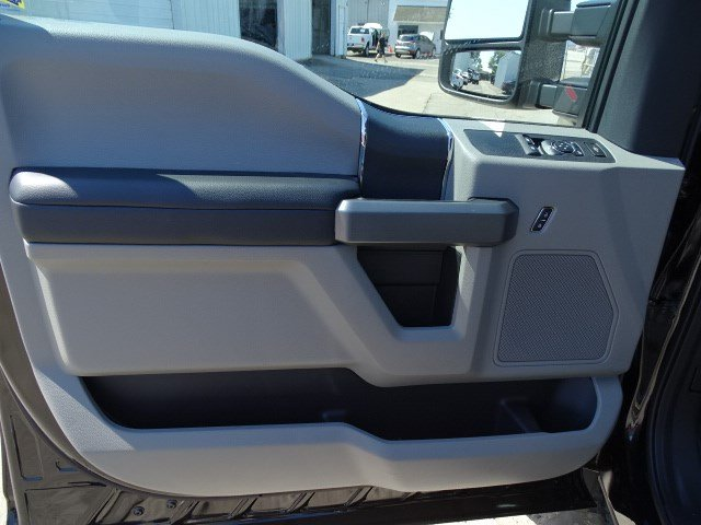 2017 F-450 Regular Cab DRW, Cab Chassis #HED59994 - photo 7