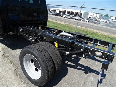 2017 F-450 Regular Cab DRW, Cab Chassis #HED59994 - photo 2