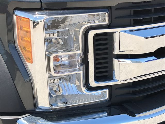 2017 F-550 Regular Cab DRW,  Rollback Body #HEE36652 - photo 8