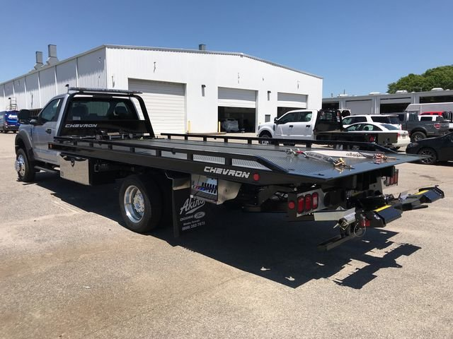2017 F-550 Regular Cab DRW,  Rollback Body #HEE58457 - photo 5
