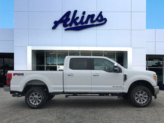 2017 F-250 Crew Cab 4x4 Pickup #HEF05694 - photo 1