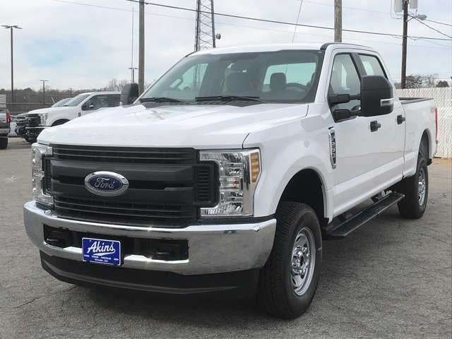 2018 F-250 Crew Cab 4x4, Pickup #JEB46830 - photo 3