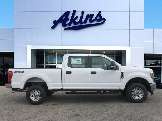 2018 F-250 Crew Cab 4x4, Pickup #JEB46830 - photo 1
