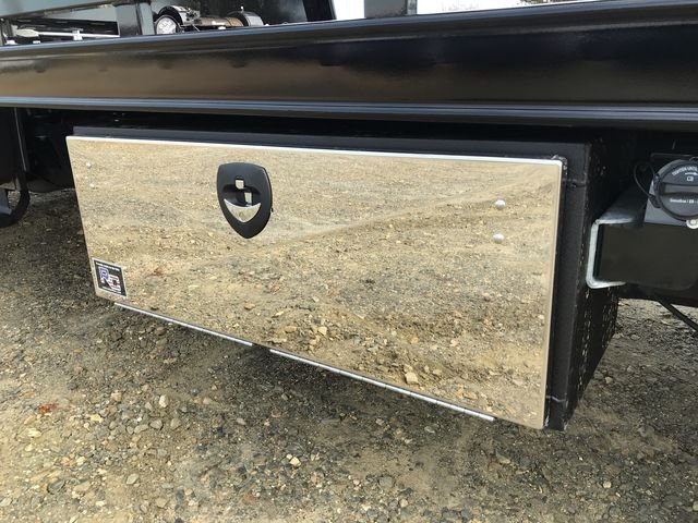 2018 F-550 Regular Cab DRW 4x2,  Miller Industries Rollback Body #JEB53397 - photo 10