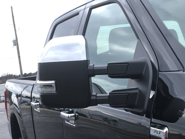 2018 F-250 Crew Cab 4x4, Pickup #JEB56418 - photo 9