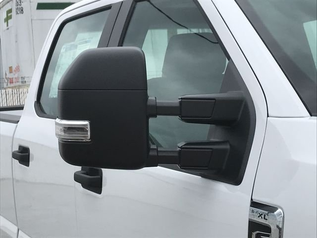 2018 F-250 Crew Cab 4x4, Pickup #JEB67646 - photo 10