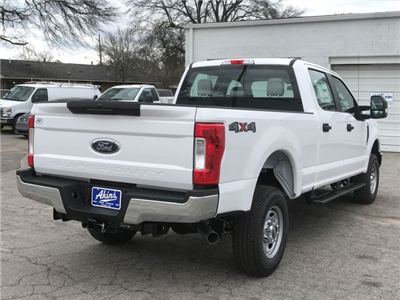 2018 F-250 Crew Cab 4x4, Pickup #JEB67646 - photo 2