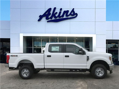 2018 F-250 Crew Cab 4x4, Pickup #JEB67646 - photo 1