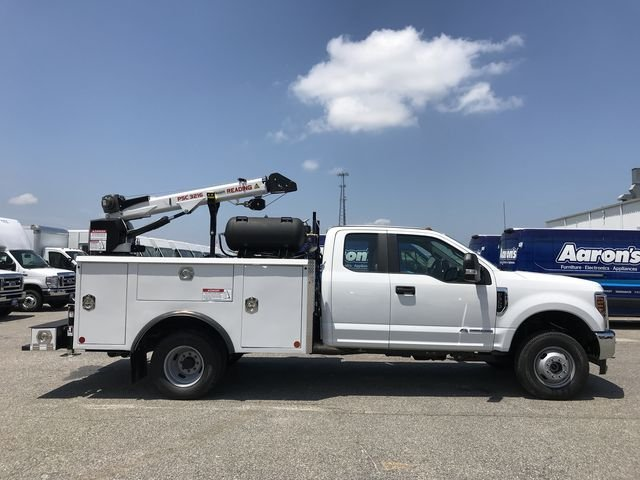 2018 F-350 Super Cab DRW 4x4,  Reading Mechanics Body #JEC14816 - photo 4
