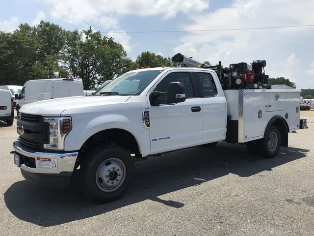 2018 F-350 Super Cab DRW 4x4,  Reading Mechanics Body #JEC14816 - photo 6