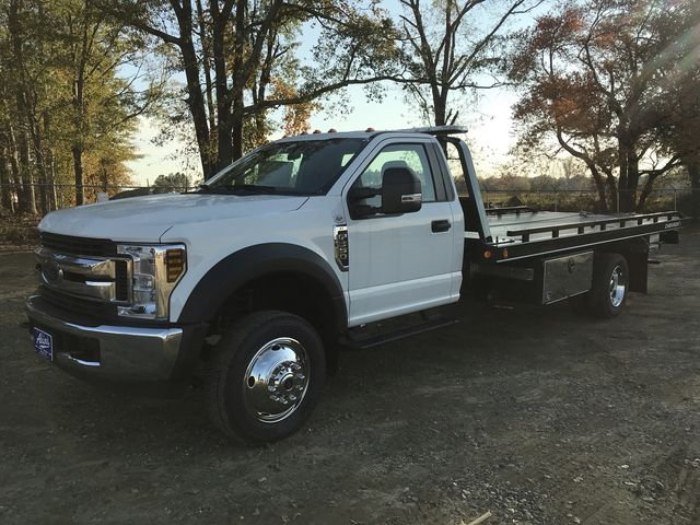 2018 F-550 Regular Cab DRW 4x2,  Miller Industries Rollback Body #JEC28180 - photo 5