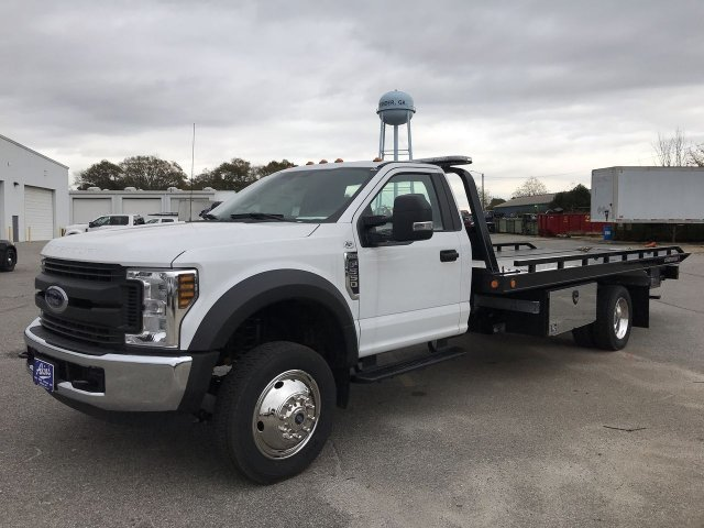 2018 F-550 Regular Cab DRW 4x2,  Miller Industries Rollback Body #JEC66202 - photo 5