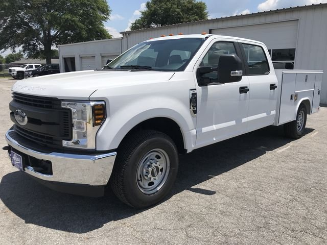 2018 F-250 Crew Cab 4x2,  Reading Service Body #JEC70055 - photo 5