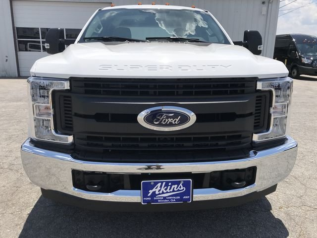 2018 F-250 Crew Cab 4x2,  Reading Service Body #JEC70055 - photo 6