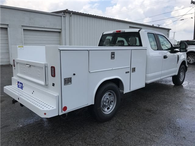 2018 F-250 Super Cab 4x2,  Reading SL Service Body #JEC70060 - photo 2