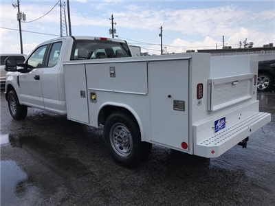 2018 F-250 Super Cab 4x2,  Reading SL Service Body #JEC70060 - photo 4