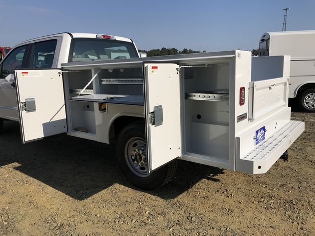 2018 F-250 Crew Cab 4x2,  Reading Service Body #JED06165 - photo 5