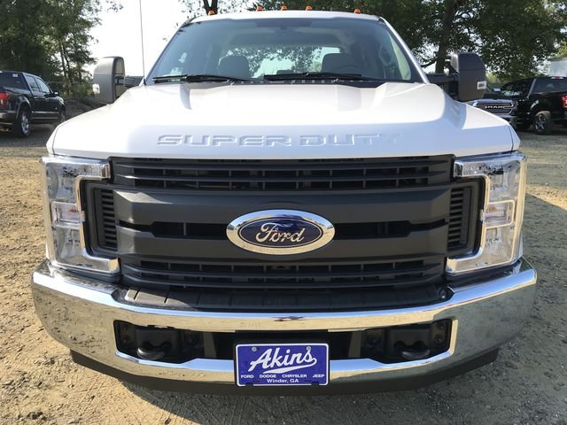 2018 F-250 Crew Cab 4x2,  Reading Service Body #JED06165 - photo 8