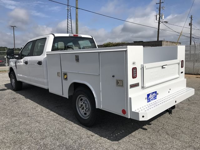 2018 F-250 Crew Cab 4x2,  Reading Service Body #JED06173 - photo 2