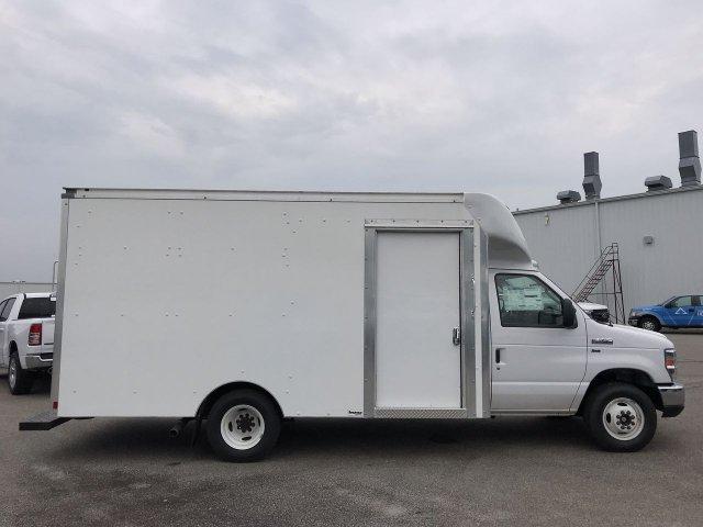 2019 E-350 RWD,  Supreme Spartan Cargo Cutaway Van #KDC25848 - photo 3