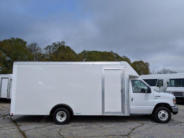 2019 E-350 RWD,  Rockport Cutaway Van #KDC27550 - photo 3