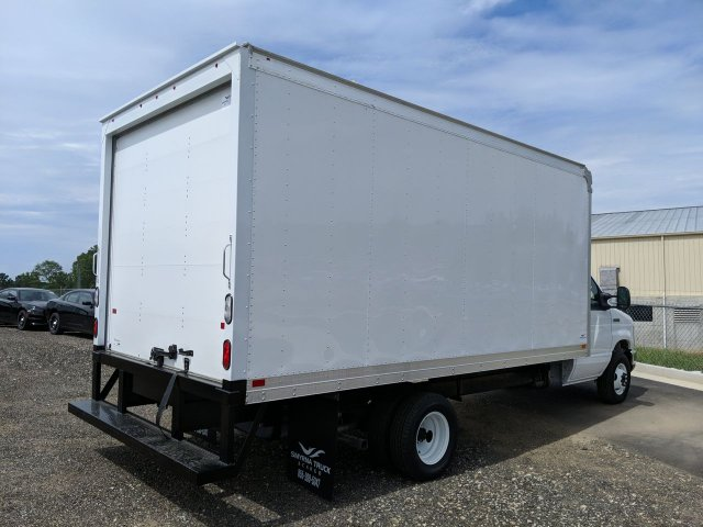 2019 E-450 RWD, Smyrna Truck Cutaway Van #KDC38602 - photo 1