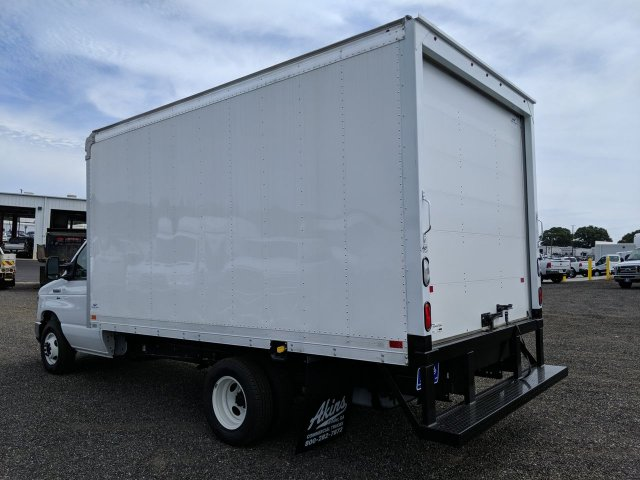 2019 E-350 RWD, Smyrna Truck Cutaway Van #KDC39310 - photo 4
