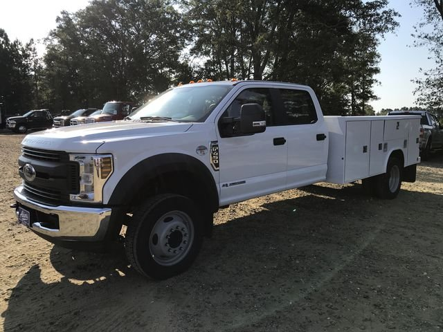 2019 F-450 Crew Cab DRW 4x2,  Reading Service Body #KEC25539 - photo 6