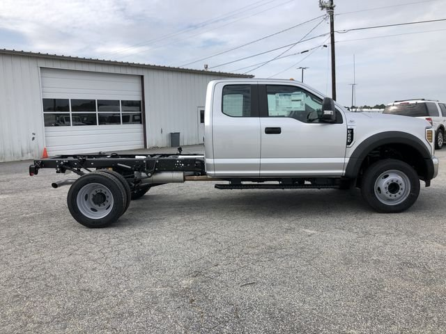 2019 F-450 Super Cab DRW RWD,  Cab Chassis #KEC63400 - photo 3