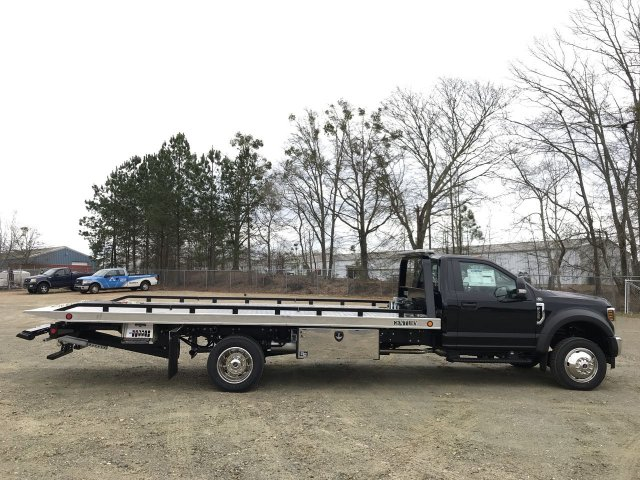 2019 F-550 Regular Cab DRW 4x4,  Cab Chassis #KED01200 - photo 2