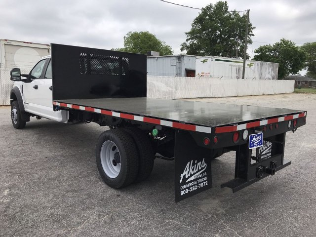 2019 F-450 Crew Cab DRW RWD,  Smyrna Truck Platform Body #KED30144 - photo 4